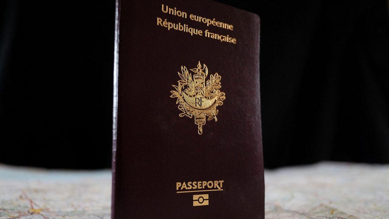 Le passeport européen est un sésame pour vivre et travailler dans 27 pays. Malte et Chypre ont décidé de les accorder en échange d'investissements dans leur pays.