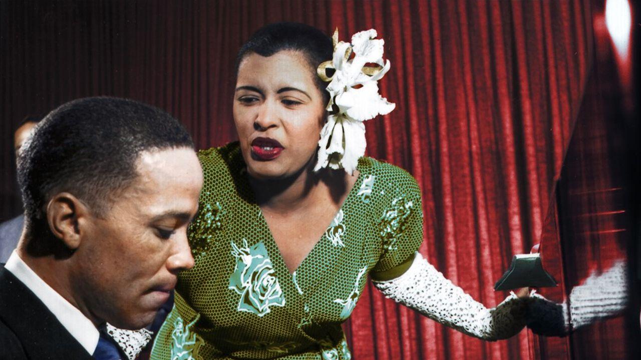 Sur scène, Billie Holiday porte le monde dans toute sa laideur et sa beauté.