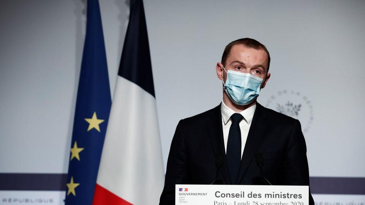 Le ministre délégué au Budget, Olivier Dussopt, reconnaît que les déficits vont rester importants à moyen terme, notamment du côté de la Sécurité sociale.