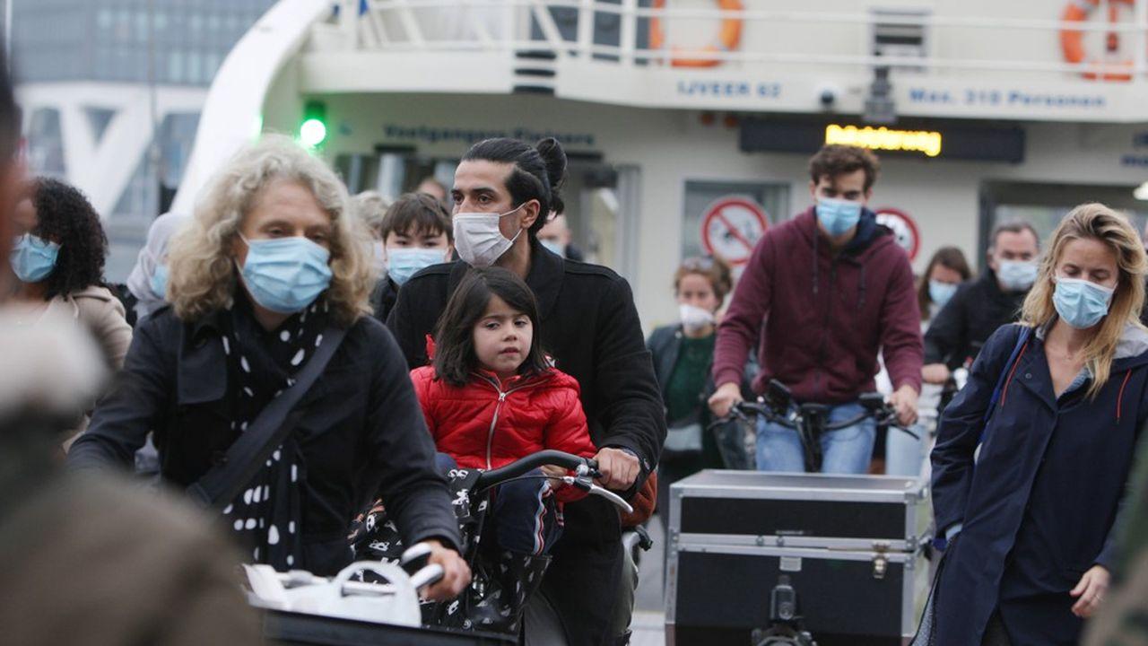 Les restrictions à la mobilité se multiplient de nouveau en Europe.