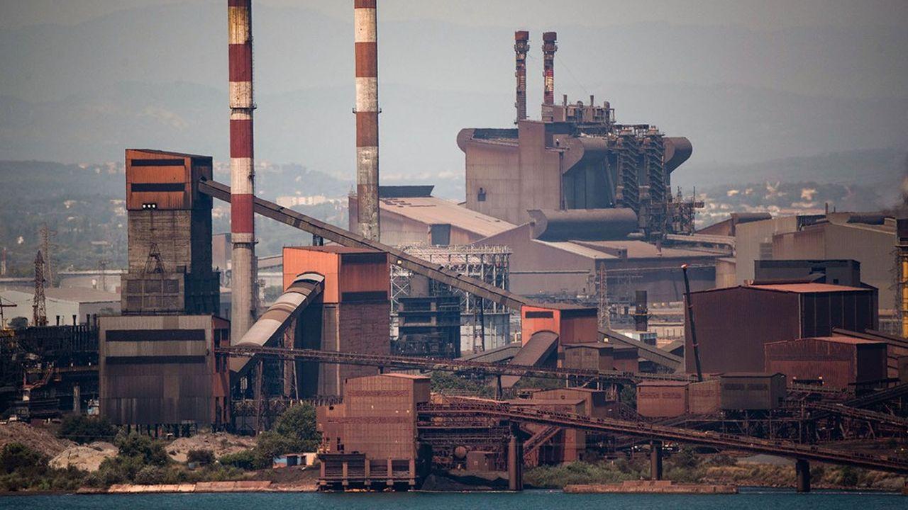 «En tant que leader mondial de l'acier, nous estimons avoir la responsabilité de prendre la tête des efforts pour décarboner la production d'acier, qui a aujourd'hui une empreinte carbone significative», a commenté le directeur financier Aditya Mittal.