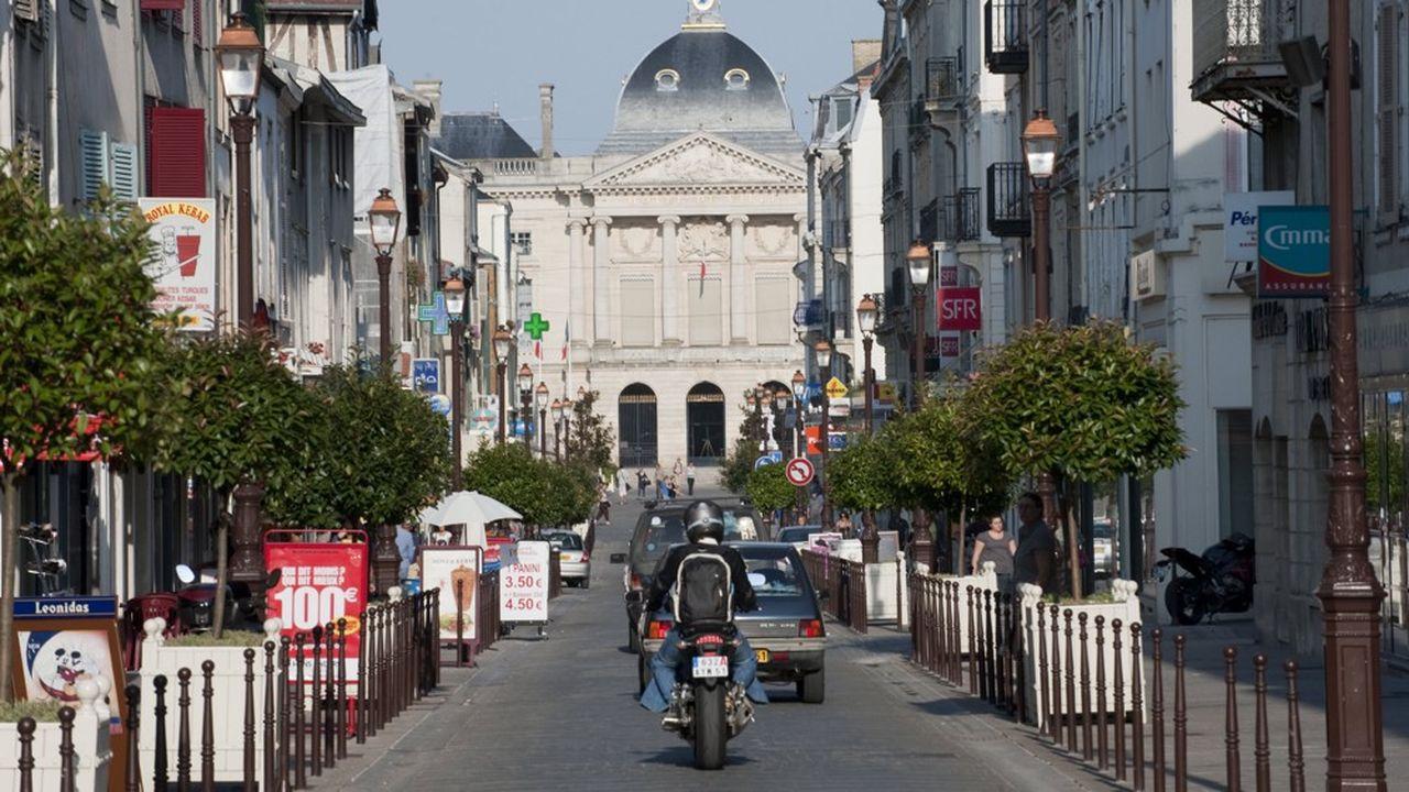 Châlons-en-Champagne est la grande gagnante de la relocalisation des agents du fisc en région.