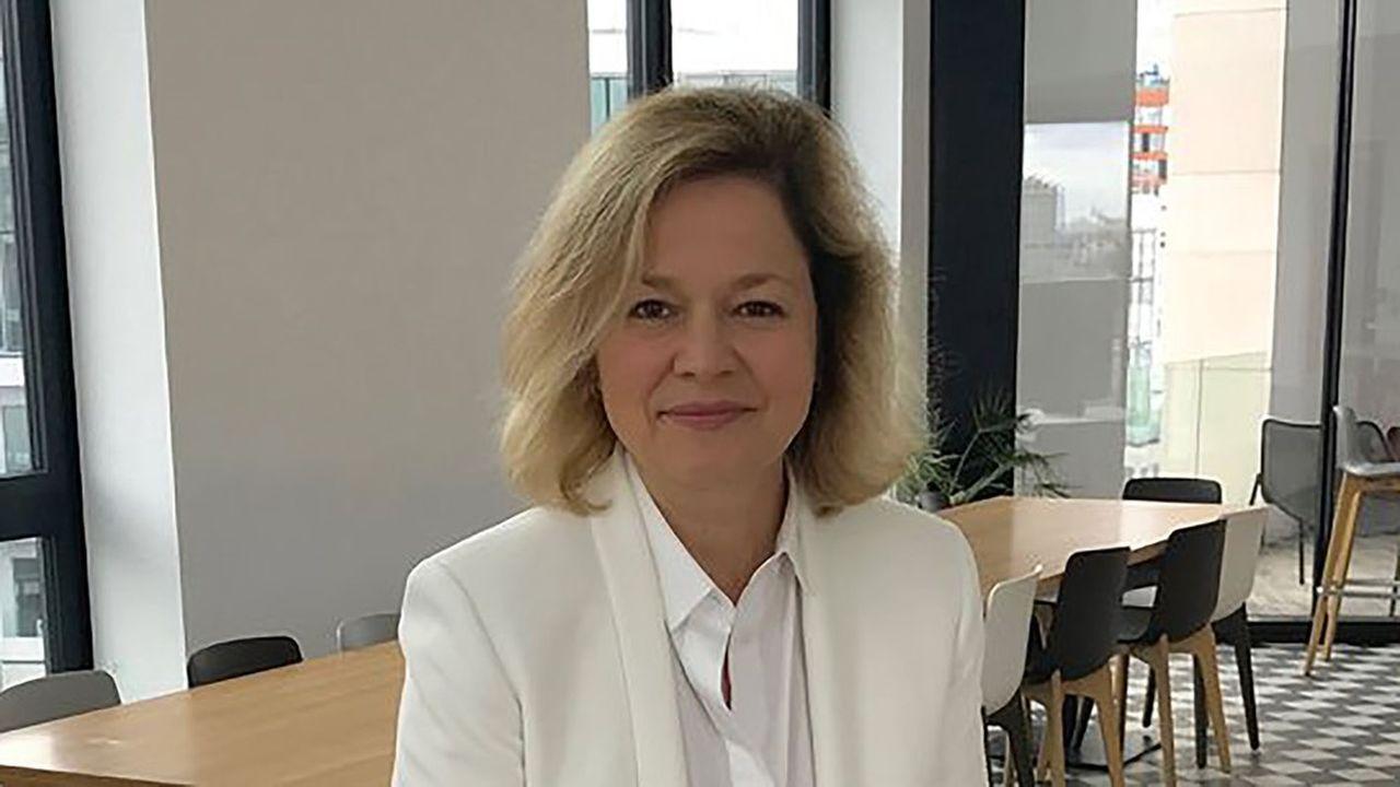 Valérie Accary, présidente de BBDO Paris. CLM/BBDO s'était fait connaître avec des créations publicitaires prenant le contre-pied des clichés attendus, insolente et populaire.