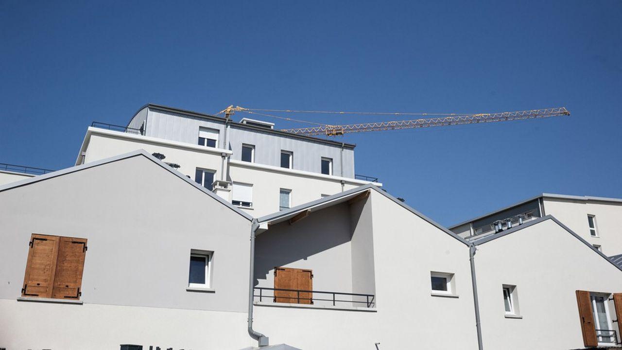 Des HLM en construction à Trappes, dans les Yvelines, en 2018.