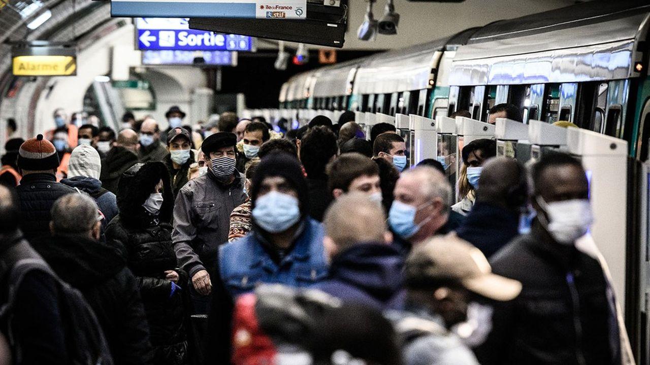 La Ligne 13 du métro parisien demeure le symbole de la saturation des moyens de transports, elle n'est pourtant pas la seule.