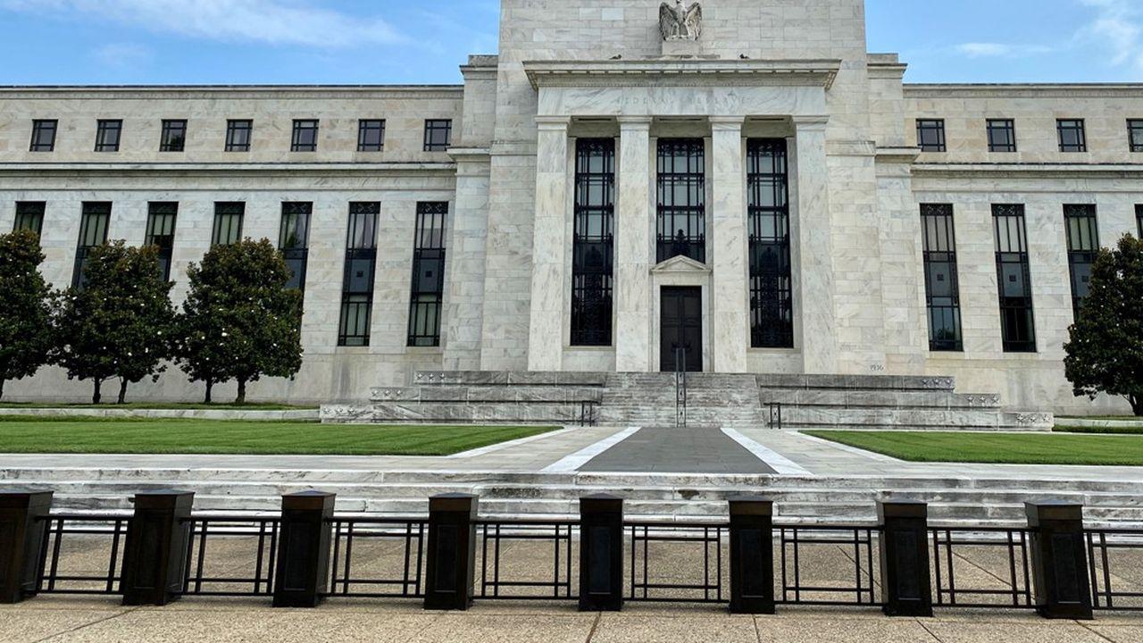 La Réserve fédérale a prolongé jusqu'à la fin de l'année des mesures contraignantes, qui visent à s'assurer que les banques puissent faire face aux pertes liées à la crise du coronavirus.