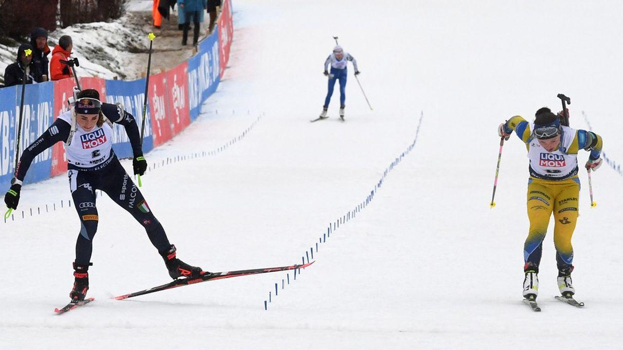 En 2019, près de 60.000 spectateurs s'étaient rendus au Grand-Bornand pendant les quatre jours de la compétition.