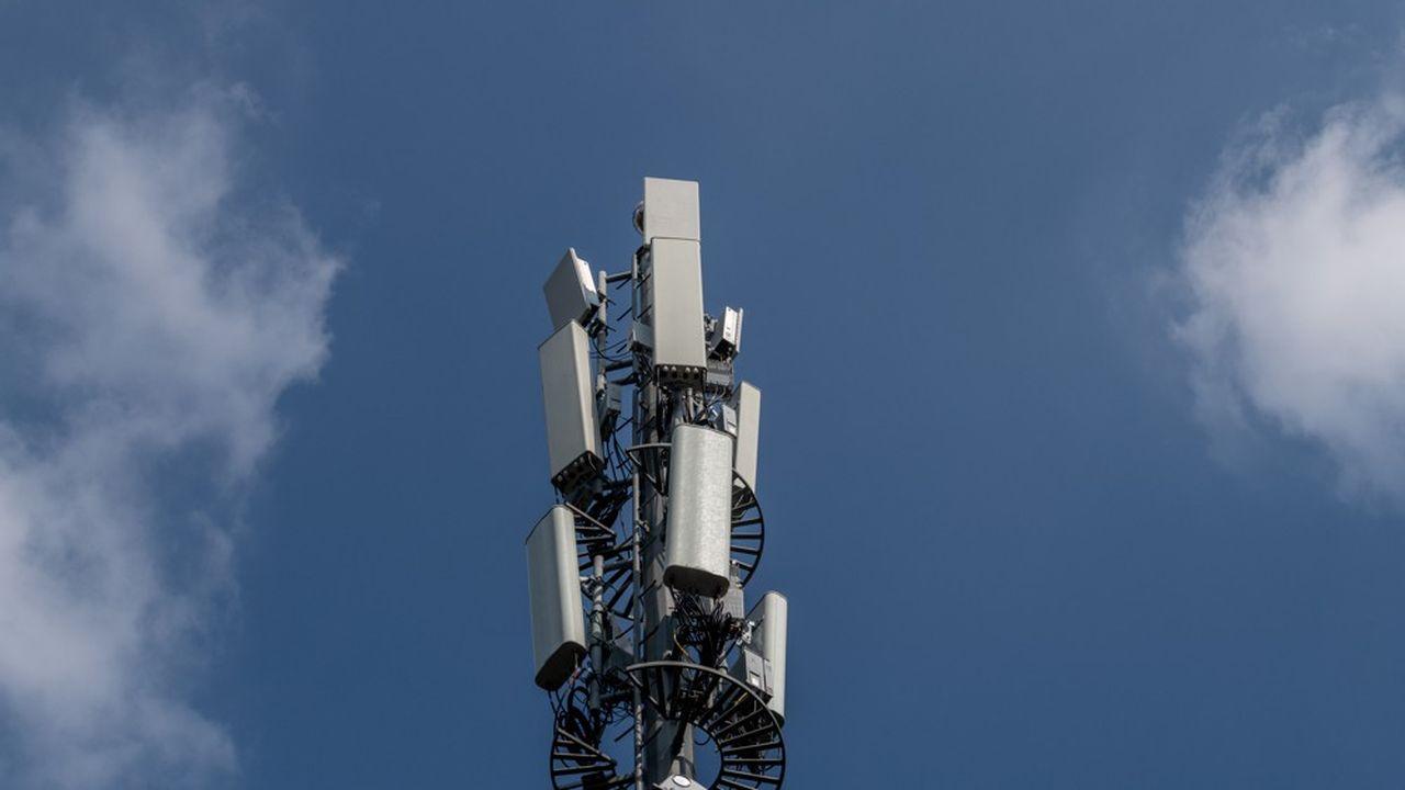 Les premières antennes 5G seront déployées dans les centres-villes, où le réseau 4G est sursollicité