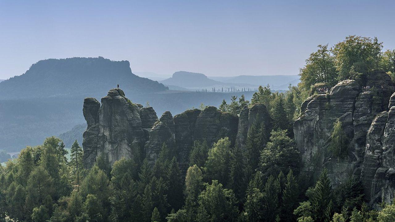 Dans le parc national de la Suisse saxonne, près de Rathen, devenu une destination très touristique.
