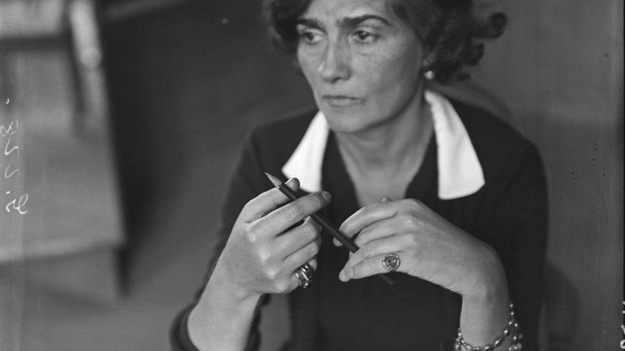 Gabrielle Chanel photographiée par André Kertész en 1938.