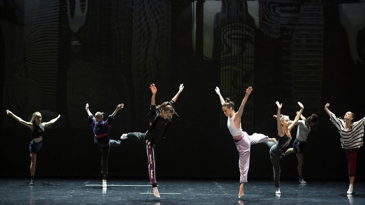 Répétition du Lac des Cygnes par Ballet Preljocaj, au Grand Théâtre de Provence à Aix en Provence.