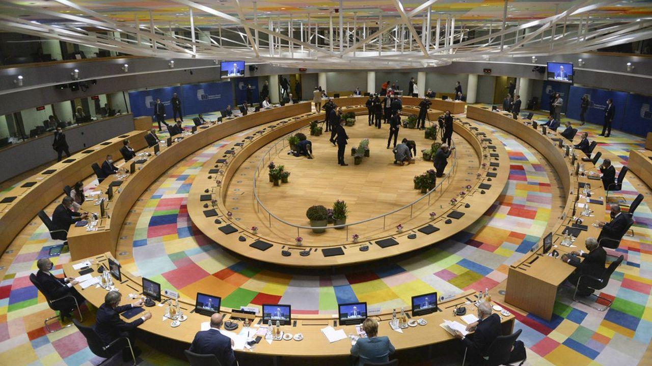 Les sanctions contre la Biélorussie seront «effectives dès (ce) vendredi», a assuré Charles Michel, le président du Conseil européen.