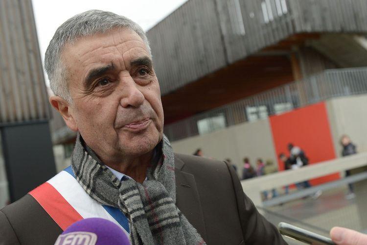 François Garay, le maire divers gauche des Mureaux.