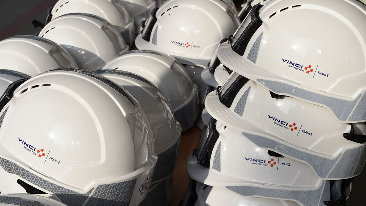 La finalisation de l'opération est conditionnée par la réalisation, dans les prochains mois, de «due diligences» et à la préparation de la cession des activités qui ne seraient pas reprises par Vinci, dont la société Zero-E ainsi que 15 concessions.