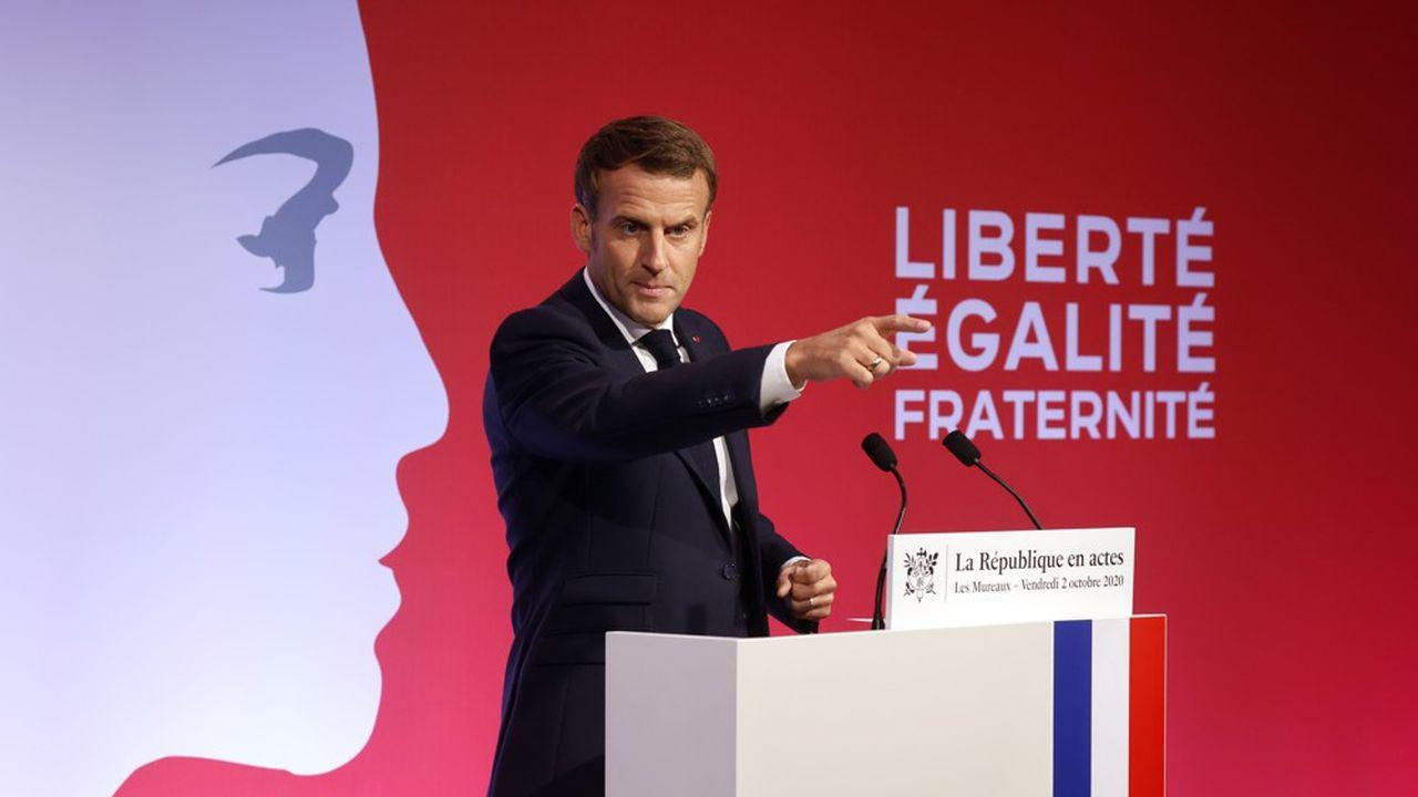 Emmanuel Macron, ce vendredi lors de son discours aux Mureaux.