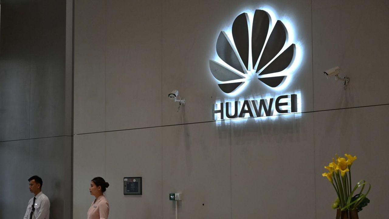 En un peu plus d'un an, les Etats-Unis ont mis en place trois paquets de sanctions contre Huawei.