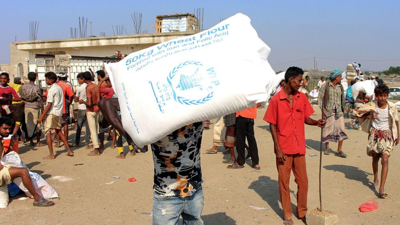 Plus de 24millions de personnes au Yémen, soit les deux tiers de la population yéménite, ont besoin d'aide. Faute d'une aide financière suffisante, la famine menace un pays où la guerre, depuis l'intervention de l'Arabie saoudite, a faitdes dizaines de milliers de morts.