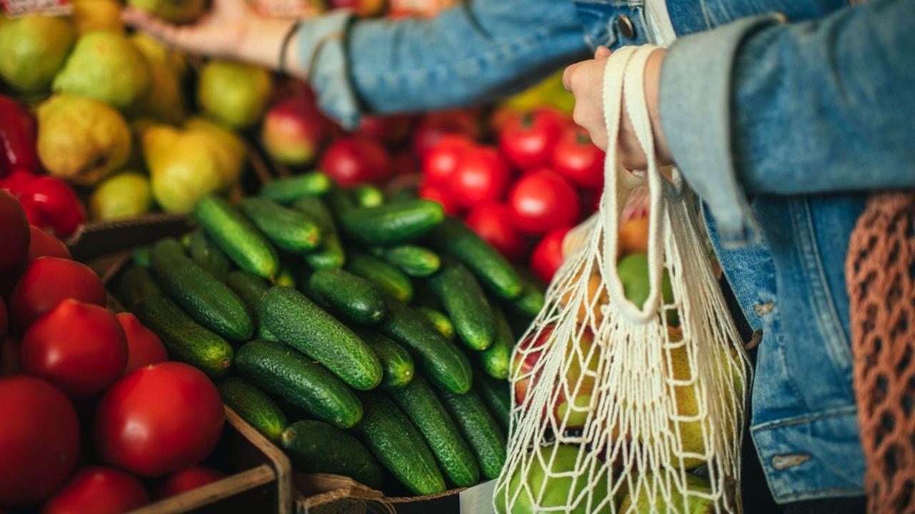 Une enquête récente de l'EPA Paris-Saclay et de Terres et Cité auprès d'habitants et d'usagers du territoire indique que 83% des répondants souhaitent consommer plus de produits locaux.