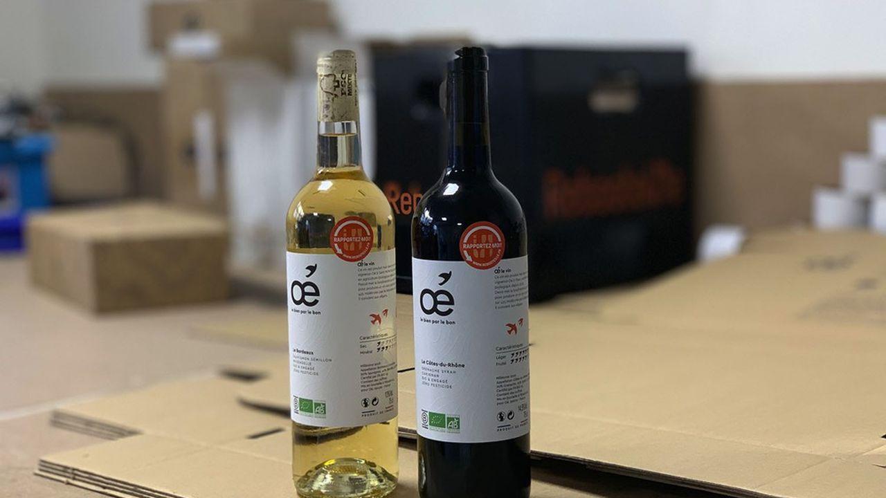 Oé, la jeune marque de vins bio, a supprimé la capsule en PVC non recyclable sur le goulot.