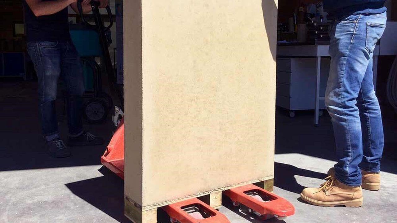 Du marron foncé au rouge clair, chaque béton d'argile, dont la texture est la même que le matériau conventionnel, est unique et reflète l'identité de son territoire d'origine.