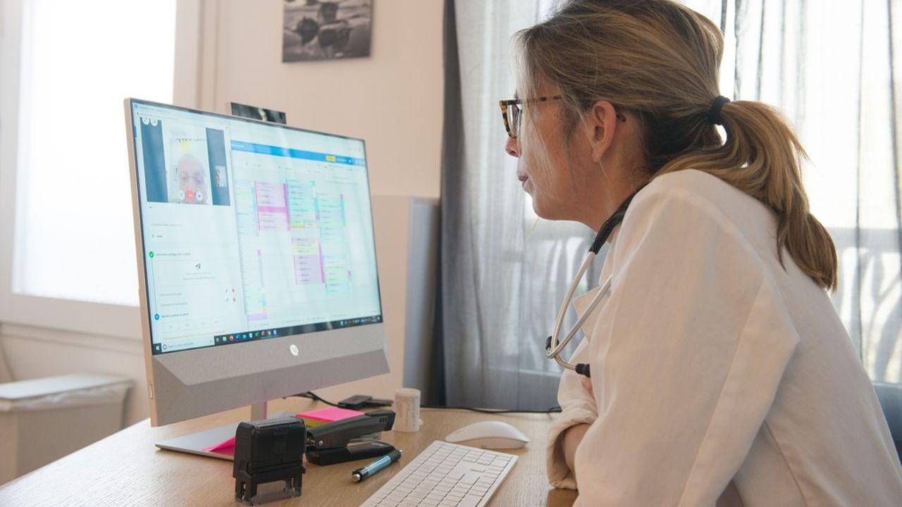 Le gouvernement a décidé de prolonger pendant deux ans la prise en charge à 100 % par l'assurance maladie des téléconsultations pour «faciliter le recours à la télémédecine».