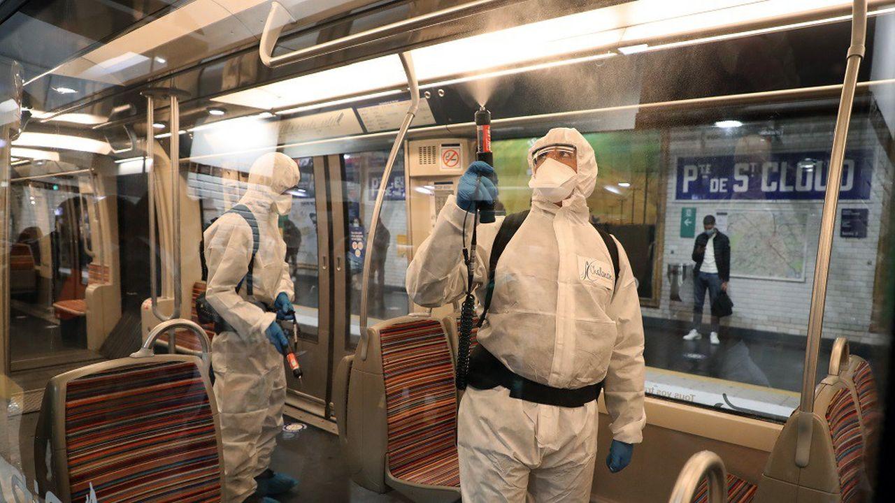 Selon la RATP, les rames de métro sont désinfectées plusieurs fois par jour.