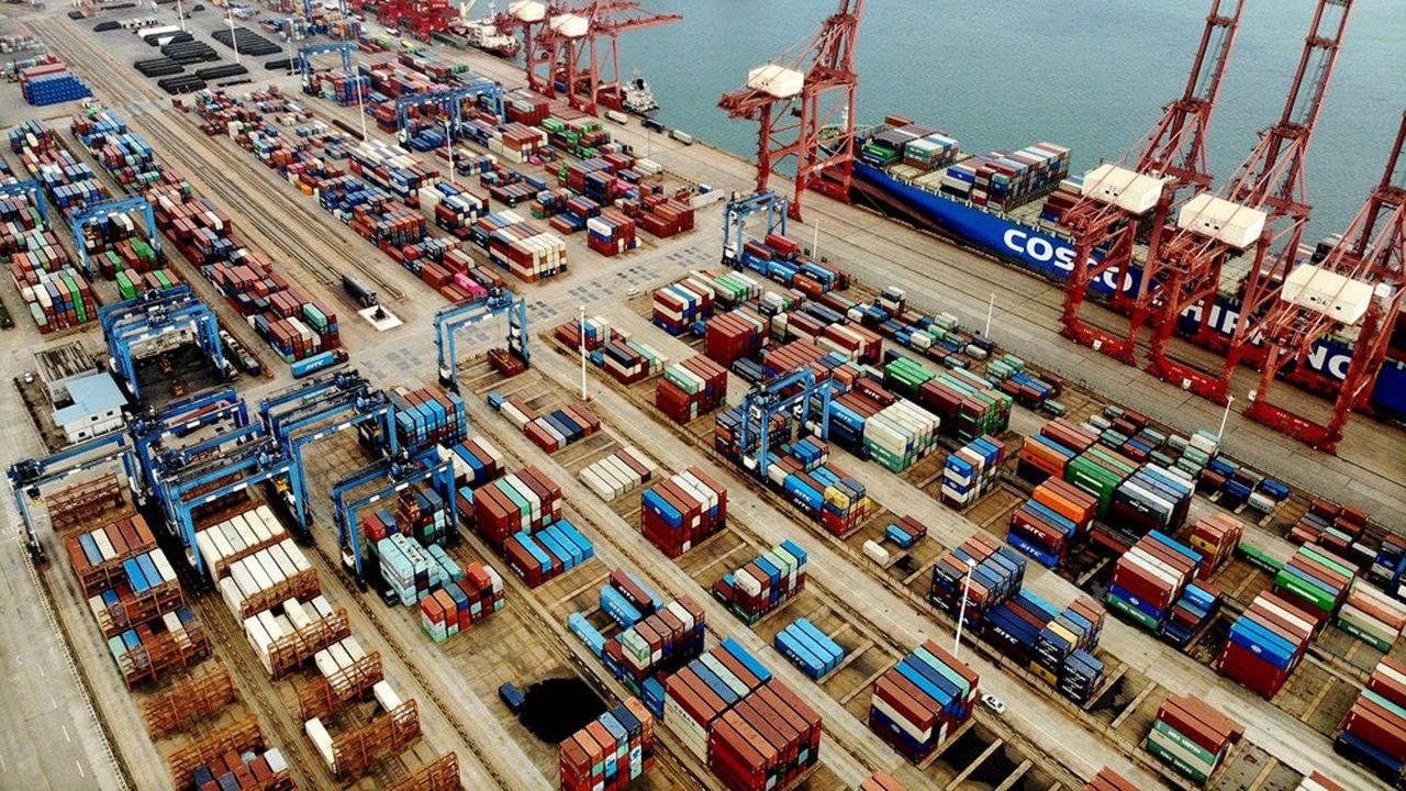 Le commerce international comme en témoigne le rebond du fret cet été a plutôt bien résisté à la crise pandémique.
