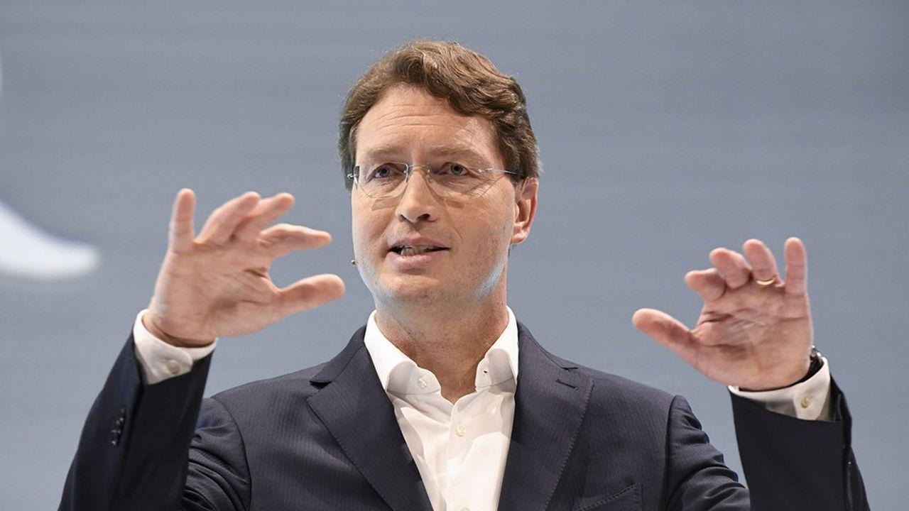 Ola Kallenius, directeur général du groupe Daimler depuis mai2019, veut réduire le point mort et retrouver une marge à deux chiffres par beau temps.