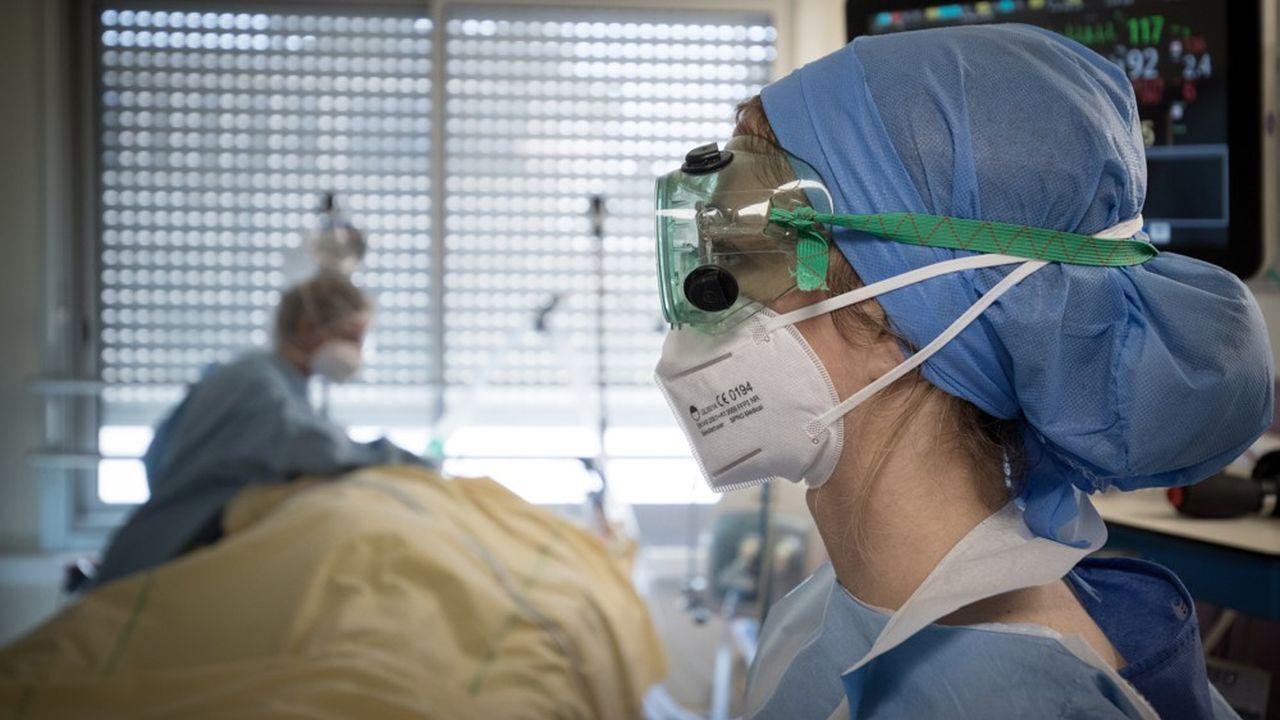 Les personnels soignants atteints du Covid devront avoir eu besoin a minima d'une assistance respiratoire pour bénéficier de la reconnaissance d'une maladie professionnelle.