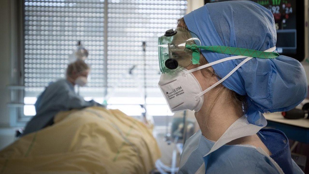 Les services de réanimation franciliens doivent faire face à un afflux de malades gravement touchés par le Covid-19.