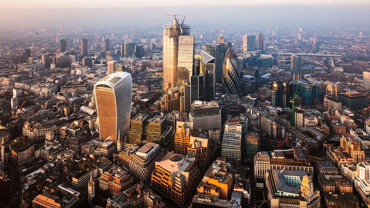 Londres interdit la vente de produits spéculatifs sur les cryptos aux particuliers