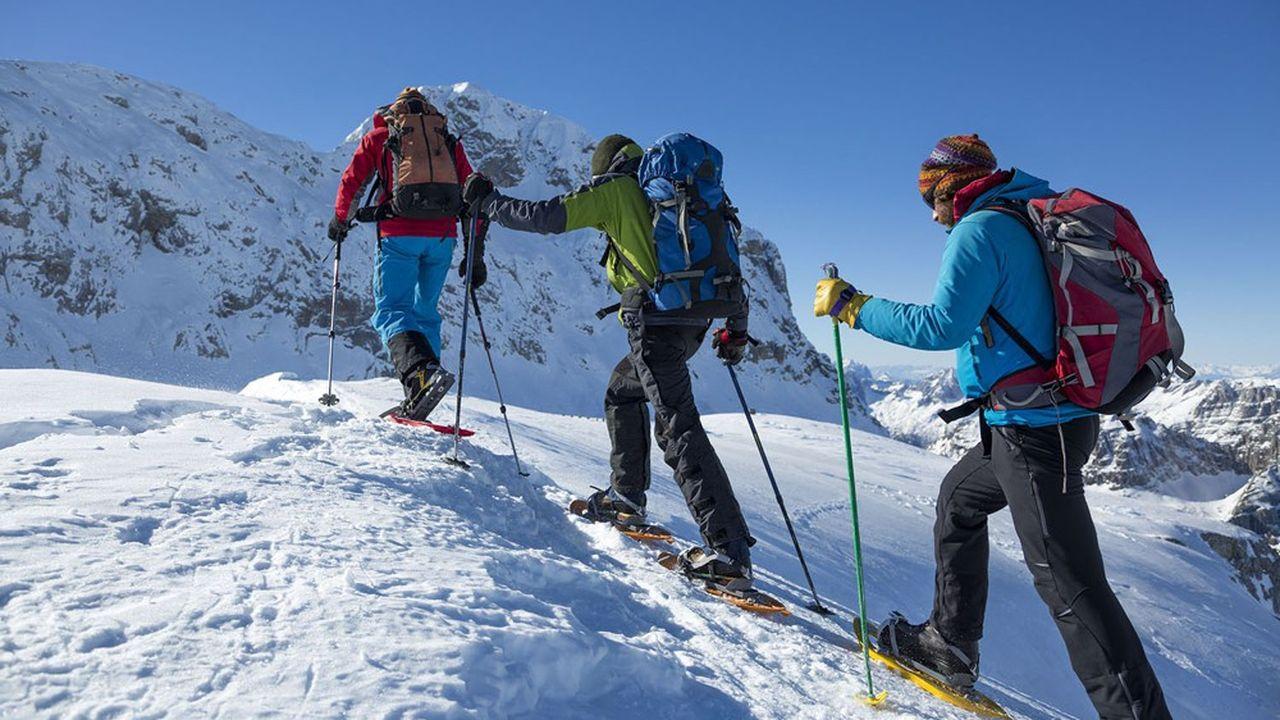 Le ski et les kilomètres de pistes allant de soi, les stations élargissent leur offre à leur milieu naturel.