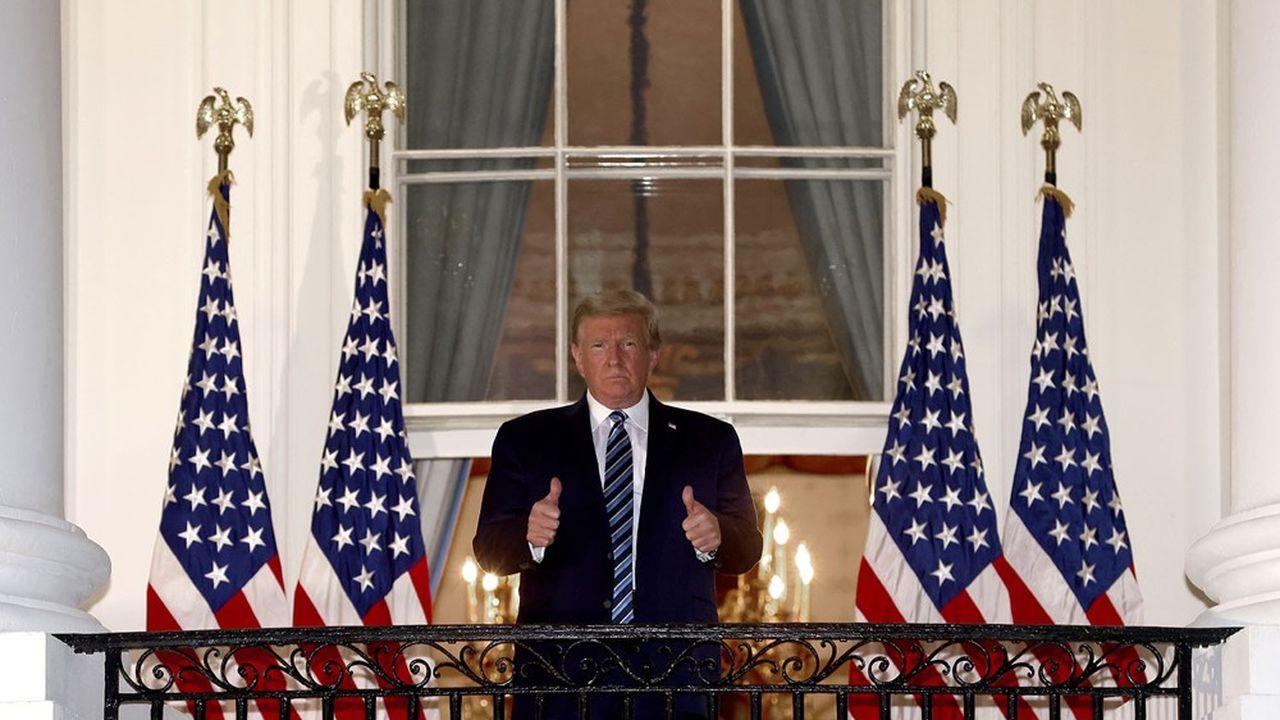 Donald Trump est en convalescence à la Maison-Blanche depuis son retour de l'hôpital lundi soir.
