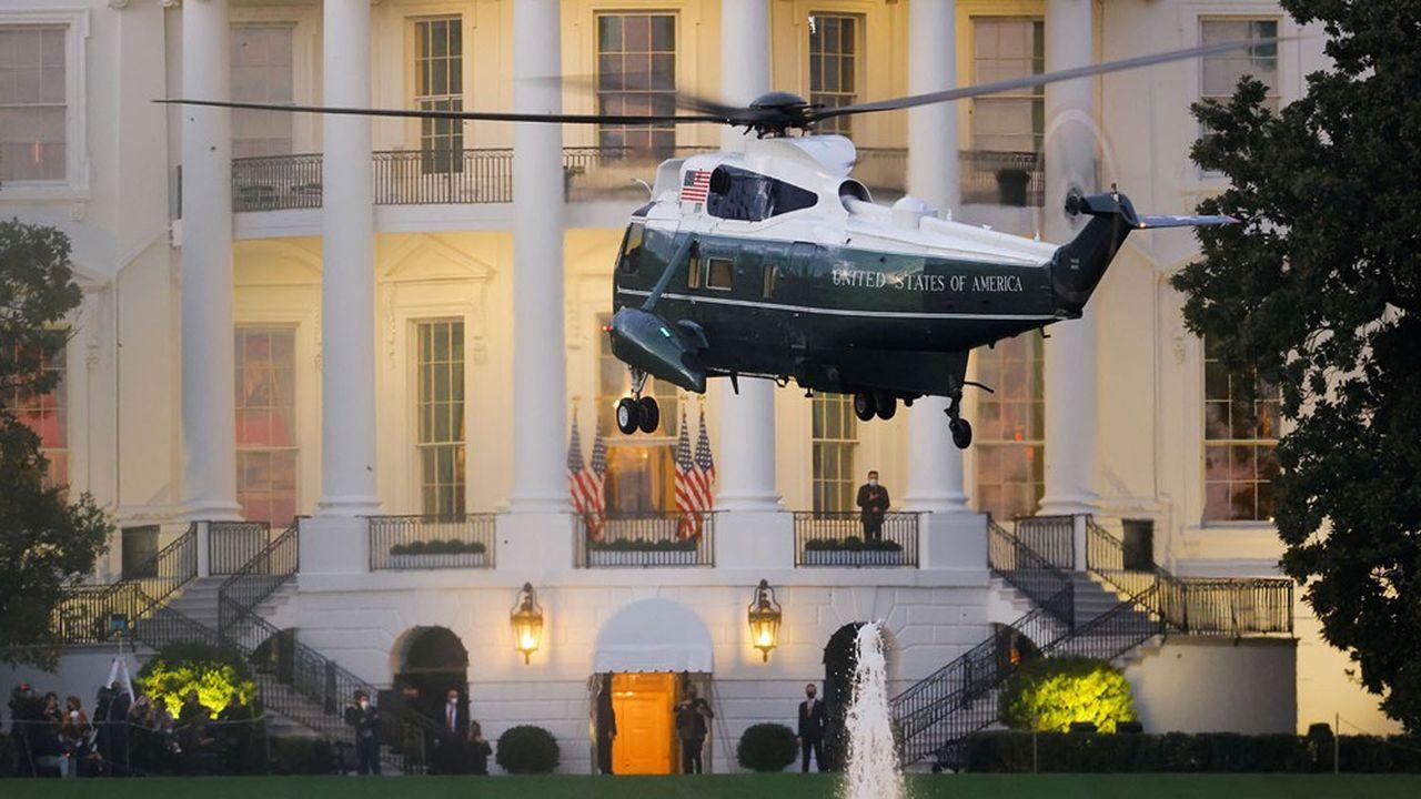 Retour à bord de Marine One pour Donald Trump après son séjour à l'hôpital.