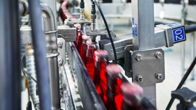 Système de marquage jet d'encre sur les chaînes de production.
