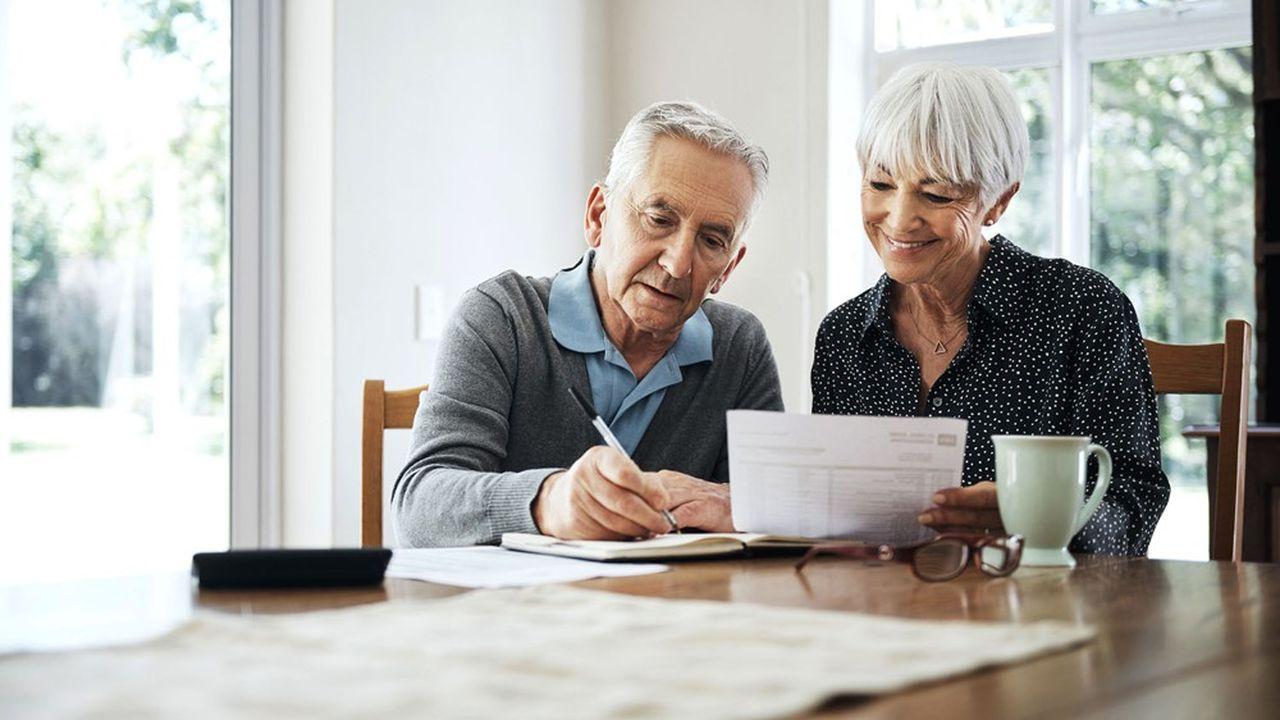 L'assurance-vie reste un outil financier sans égal pour optimiser sa transmission et gratifier son conjoint à condition de ne jamais oublier les conséquences civiles qu'elle peut engendrer.