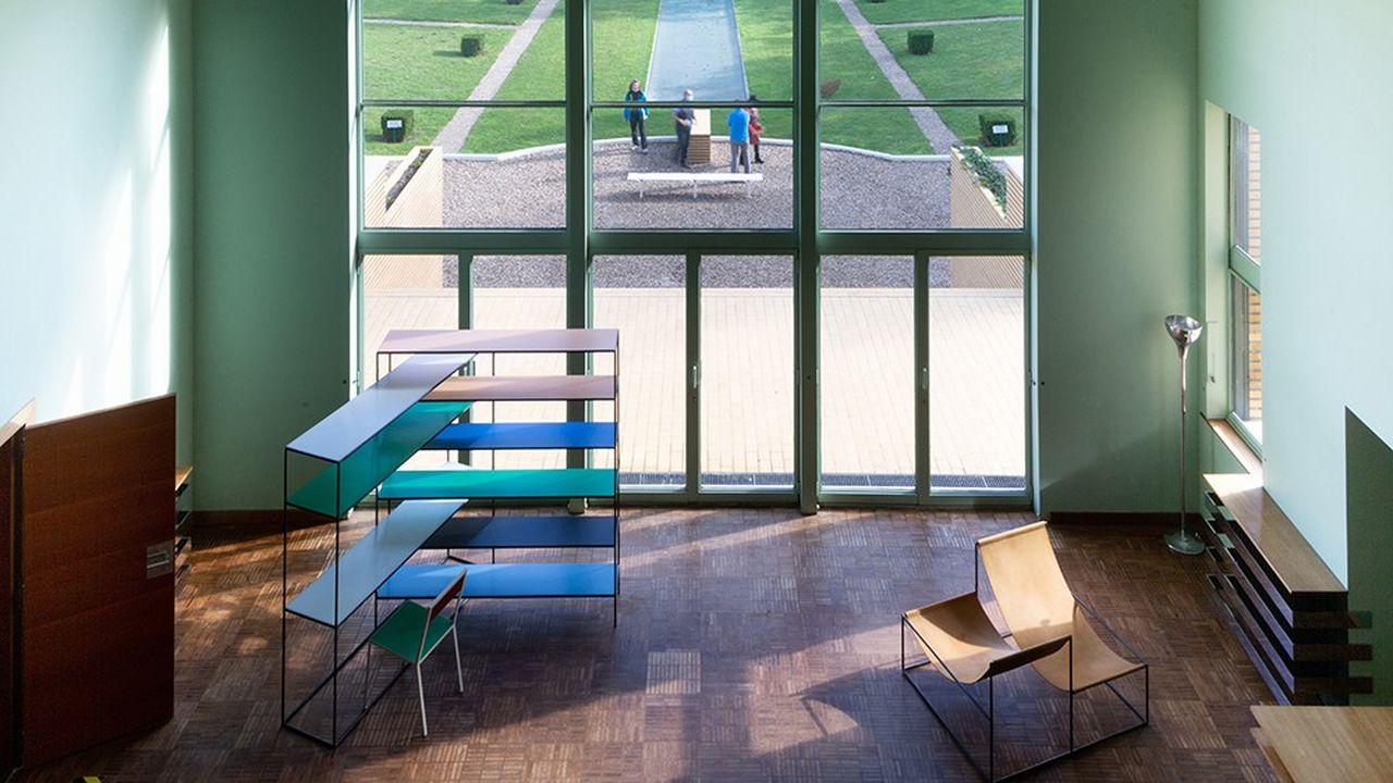 La villa Cavrois, écrin temporaire pour les meubles Muller Van Severen.