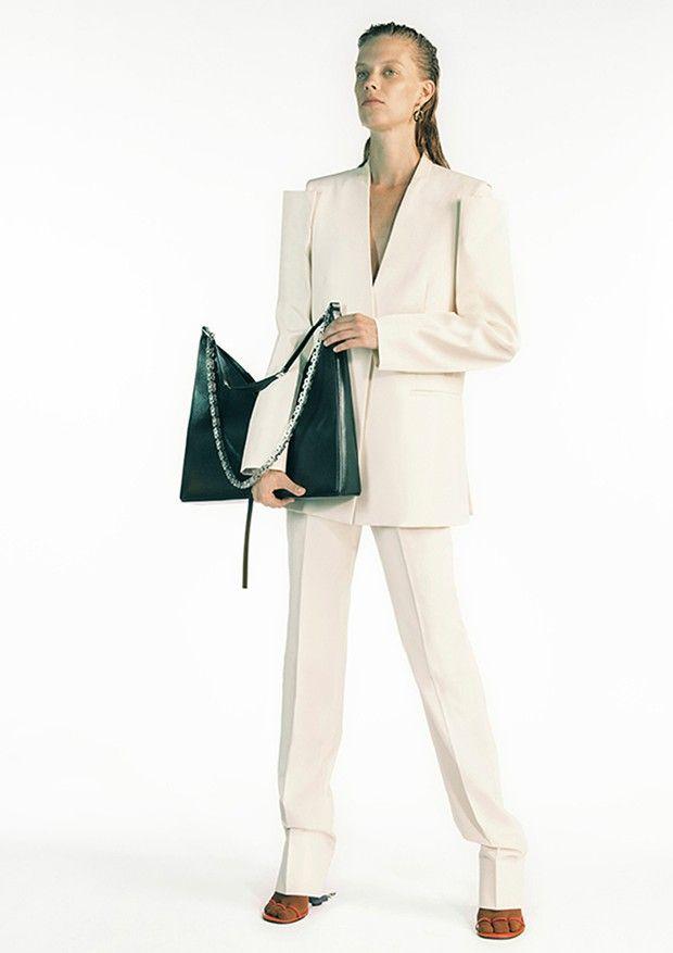 La première collection du Californien Matthew Williams chez Givenchy.