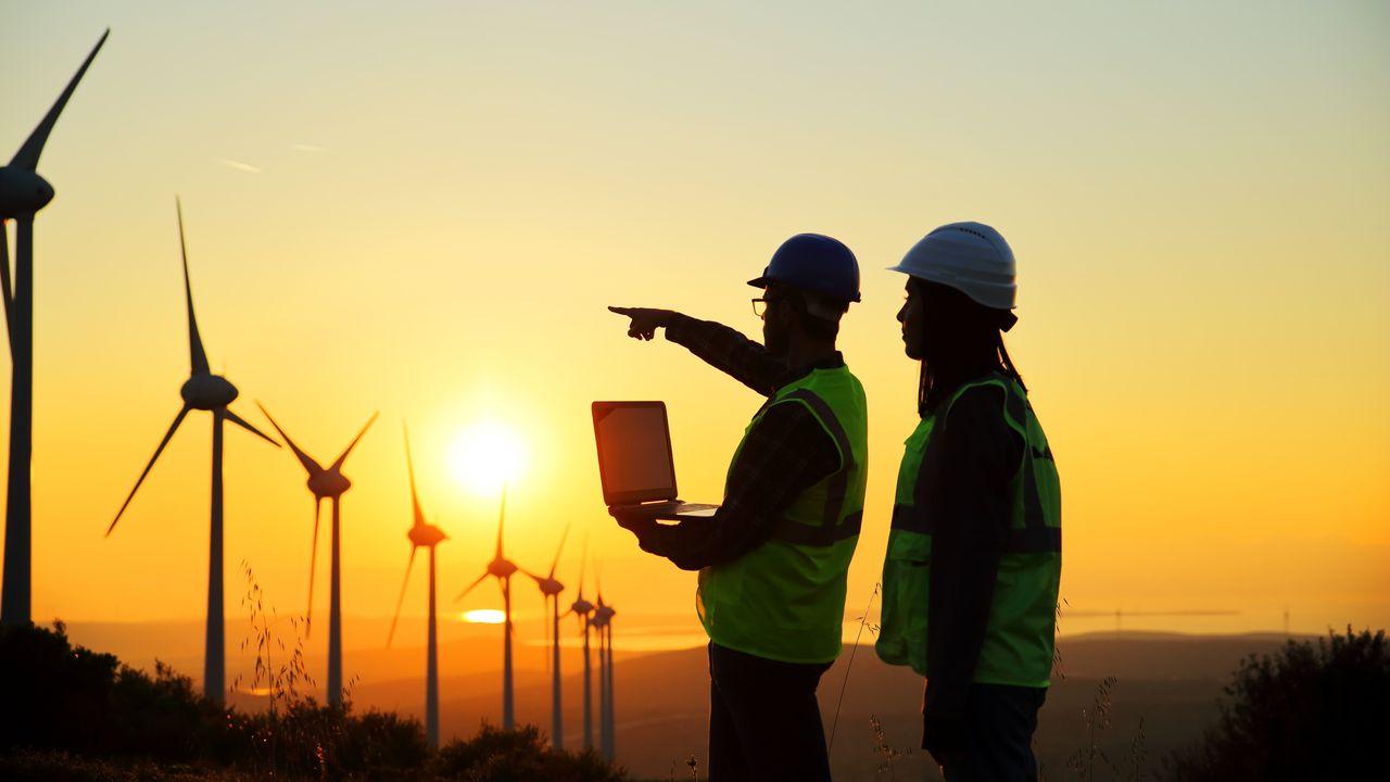 wind farm iStock-861698734.jpg
