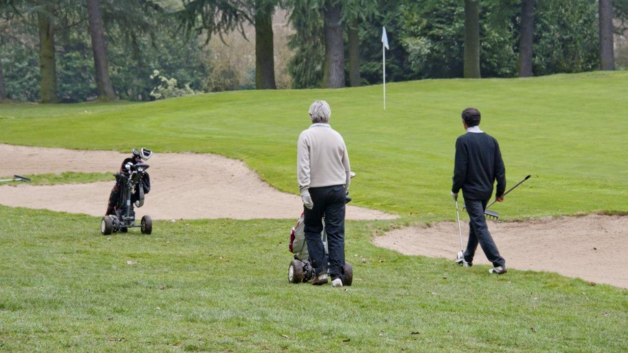 Racing Club de France, parcours de golf, golfeurs avec caddies, green