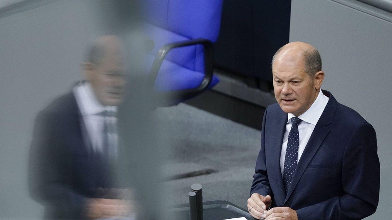 Olaf Scholz, le ministre des Finances allemands, est confiant quant à un accord sur la fiscalité internationale avant l'été. Une échéance jugée lointaine côté français.