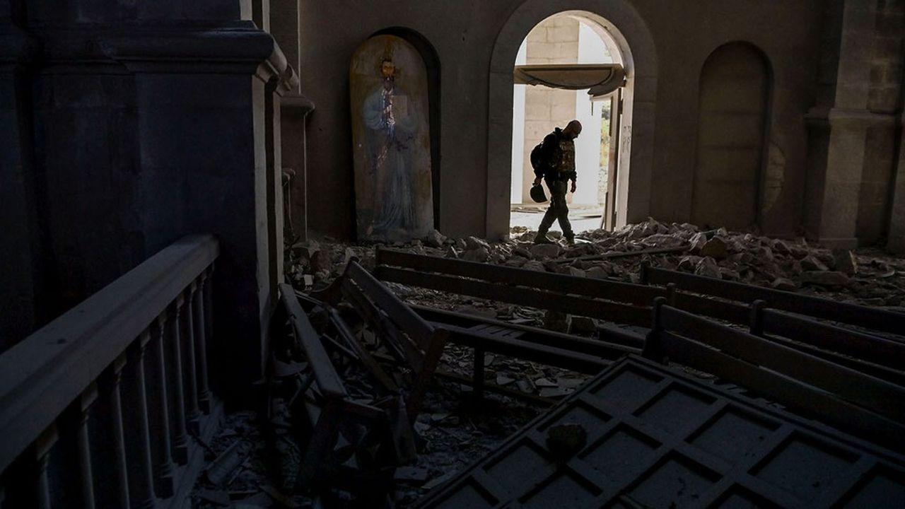 Ruines de la cathédrale de Ghazanchestots dans la ville historique de Chouchi, octobre2020