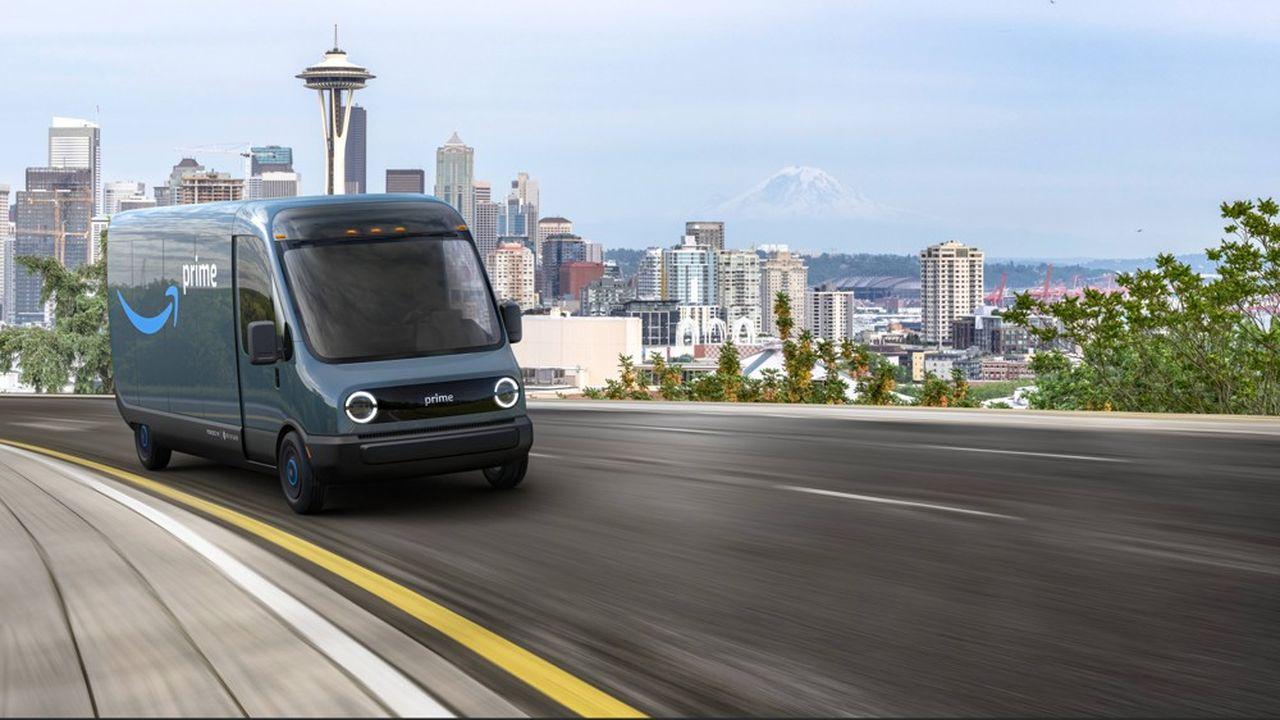 La nouvelle camionnette électrique développée par Rivian pour Amazon a une bouille sympathique avec son grand pare-brise et ses feux ronds.