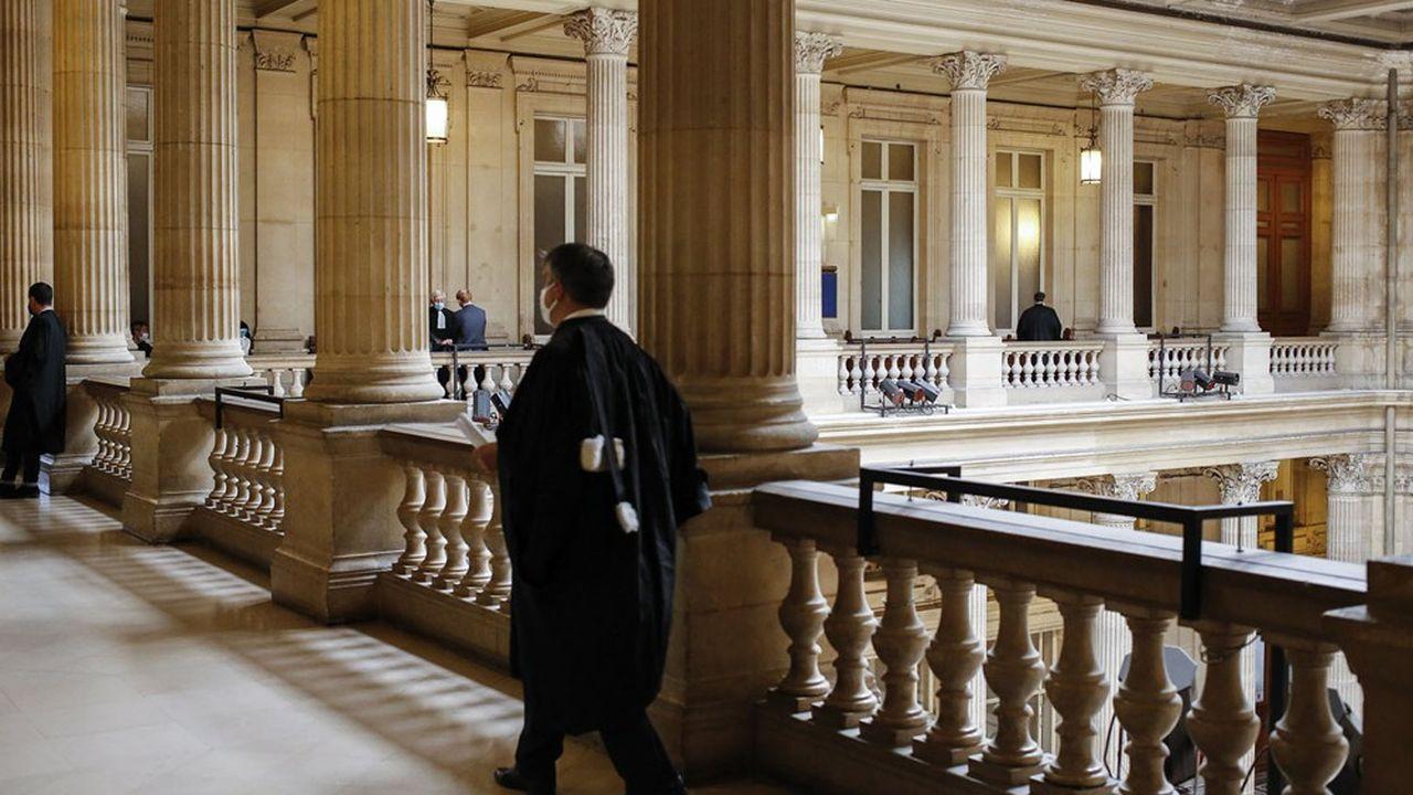 La mission, composée de dix personnes, doit rendre son rapport à Bercy et au ministère de la Justice d'ici au 20décembre.
