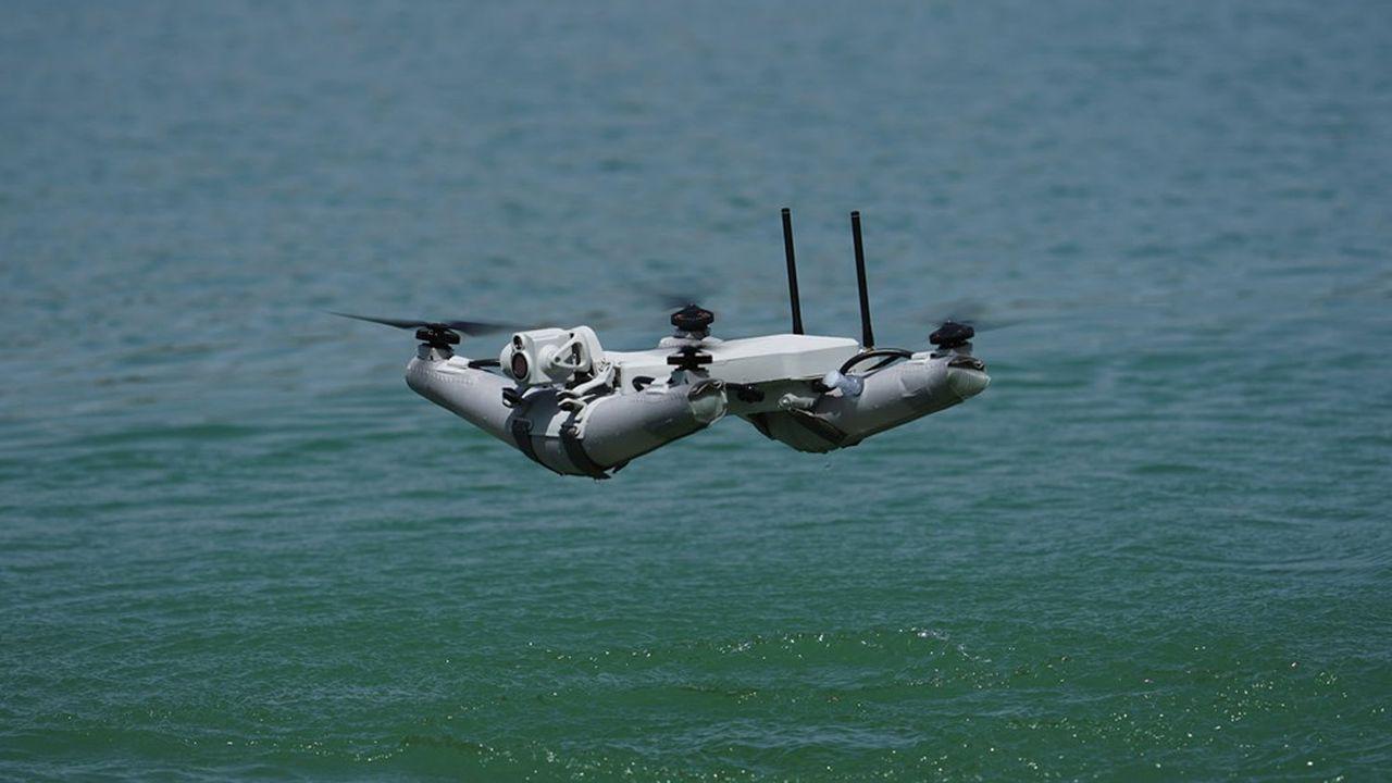 Le seul drone d'observation à la structure entièrement gonflable, sans partie rigide, qui peut se poser sur tous les terrains et même en mer.
