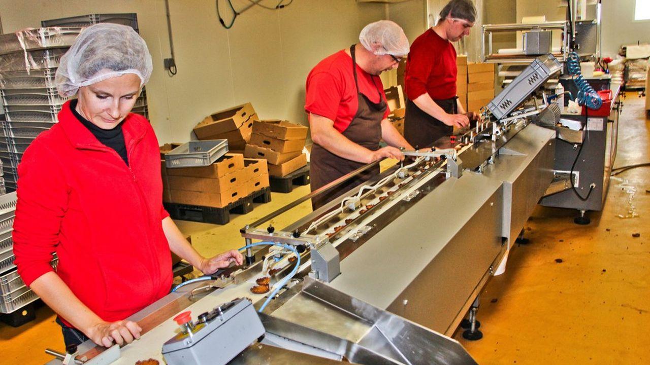 Une de production de biscuits dans une PME de Quiberon (Morbihan) en 2018.