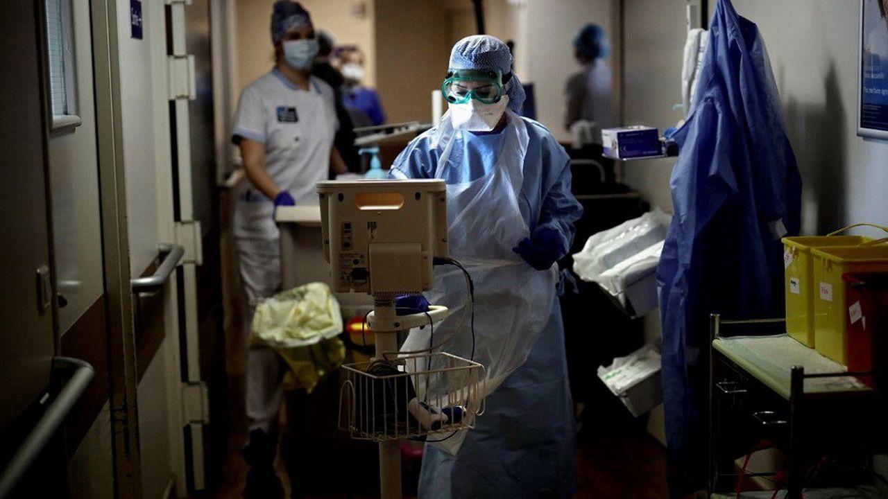 Le nombre de malades du Covid admis en réanimation en France est revenu au niveau de la fin mai.