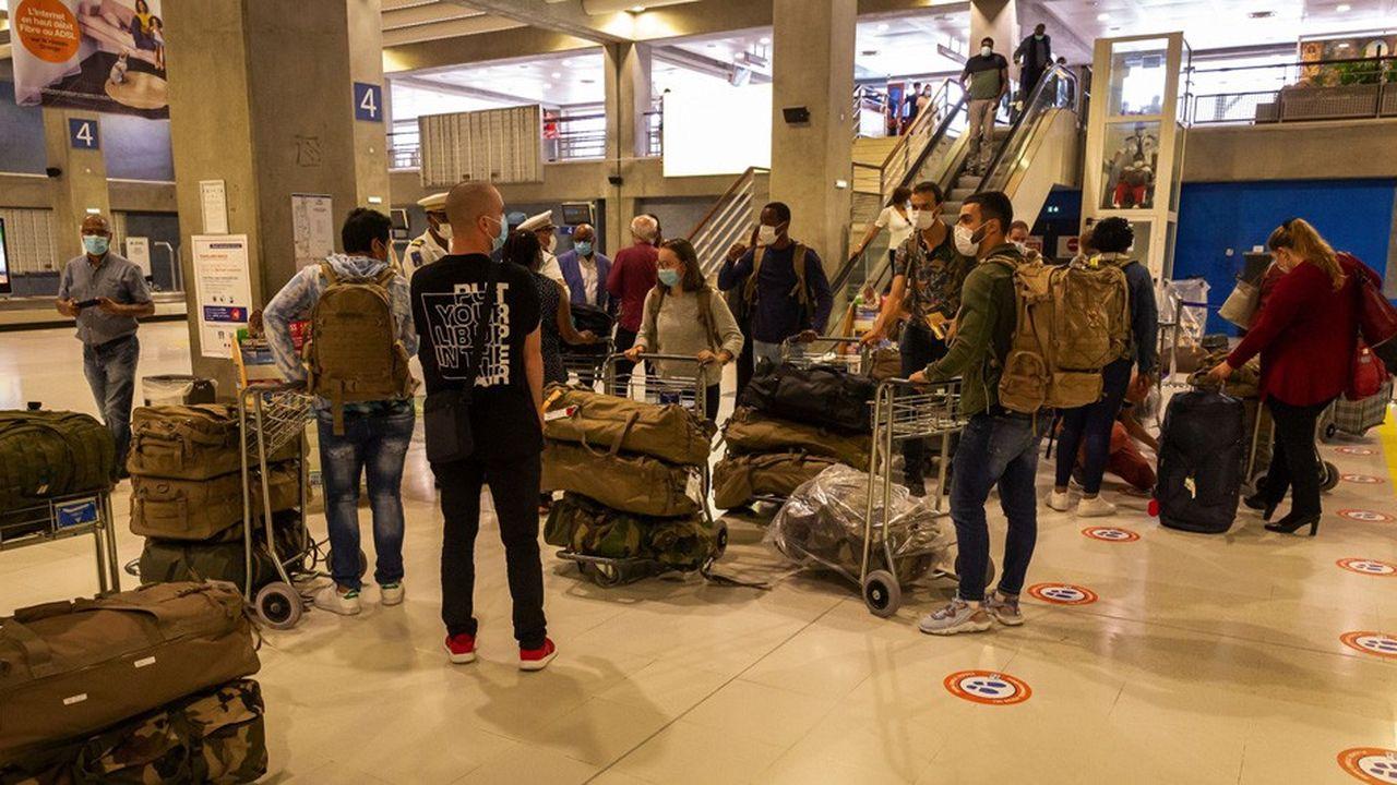 A la demande du ministère des Solidarités et de la Santé, une équipe de renfort militaire est arrivée à Pointe-à-Pitre pour soutenir le département dans la gestion de la crise sanitaire.