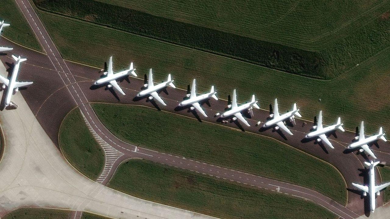 Le transport aérien pourrait rester durablement déprimé, estime l'Agence internationale de l'énergie.