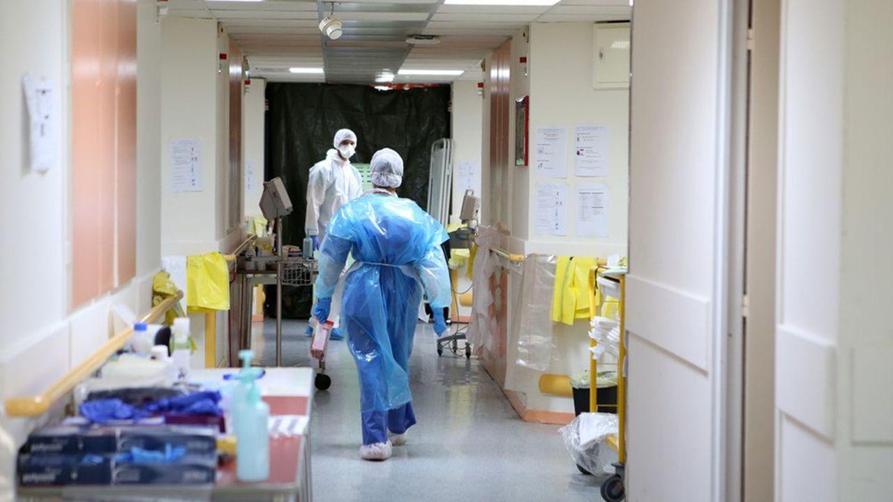 La France a enregistré 12.993 contaminations ce mardi